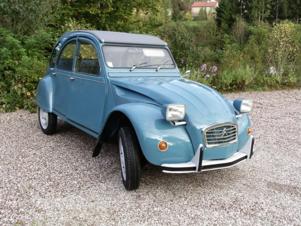le sp cialiste de la 2cv restaur e dans les vosges 2cv 6 sp ciale 1982. Black Bedroom Furniture Sets. Home Design Ideas